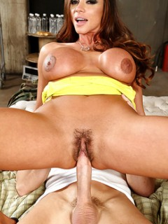 Ariella Ferrera Busty Pornstar Riding A Huge Cock
