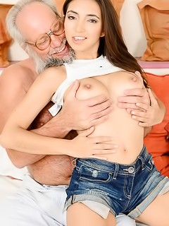 Frida Sante - Old And Young Porn